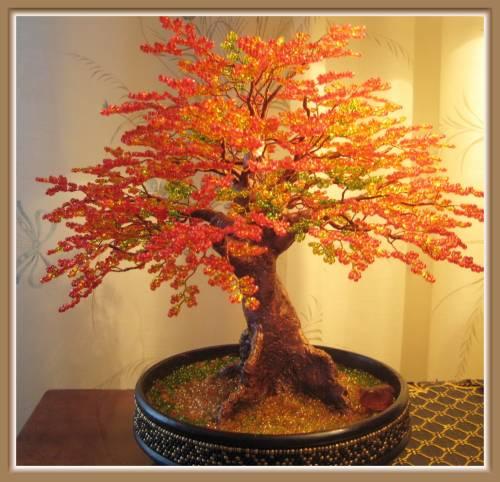 Деревья из бисера осень.
